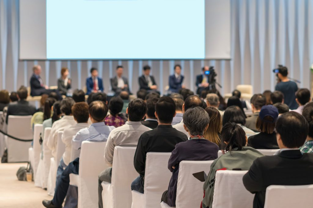 the alkaline water company presents at 2019 beverage forum