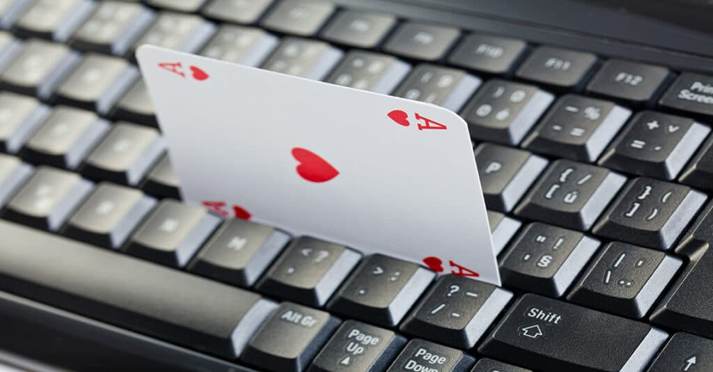 ace of hearts in keyboard