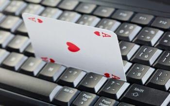 ace of hearts in keyboard